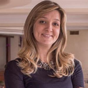 Larissa G. Campagner