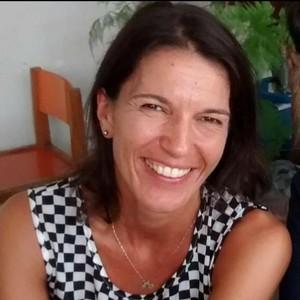 Luciana Pascarelli Santos